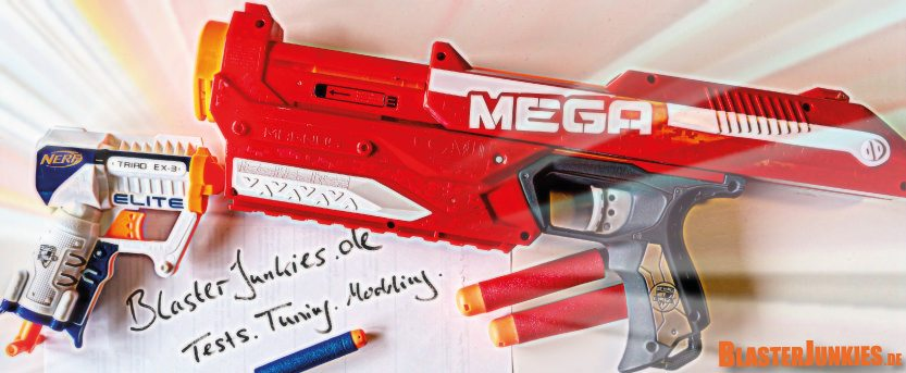 Zwei Pistolen - Traid und Mega Magnus - gefährliches Spielzeug für Erwachsene und Kinder?